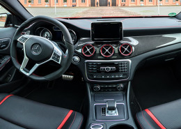 mercedes-benz-gla-innenpanorama-bb