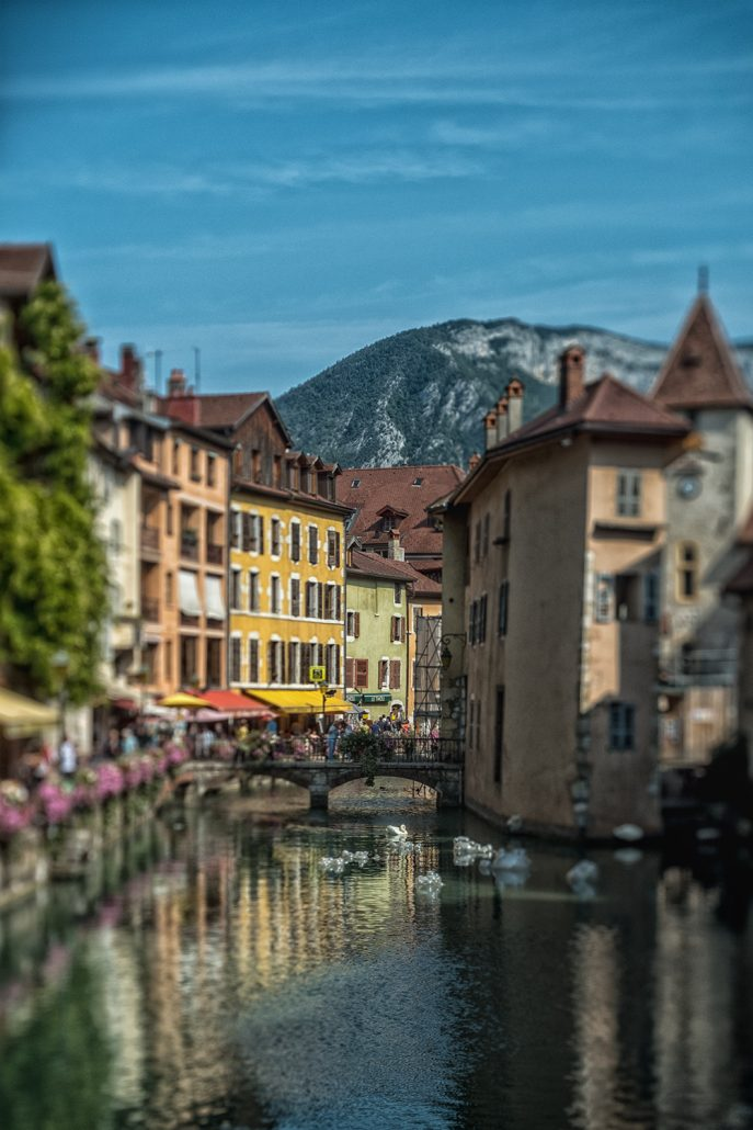 #Articulated 52[52] - Annecy